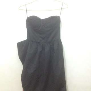 Dress Berskha