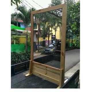 frame cermin kayu bisa cutom