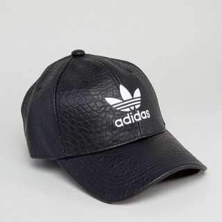 Adidas愛迪達三片葉老帽 皮革