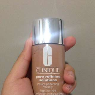 Clinique Foundation Pore Refining Solutions