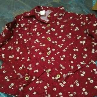 kemeja merah bunga bunga