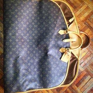 LV Garment Cover M23400 Monogram
