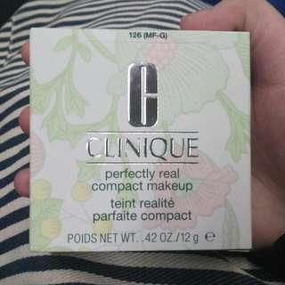 Clinique Compact Makeup