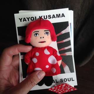 日本草間彌生展場限定玩偶