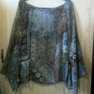 Stradivarius Cover Up