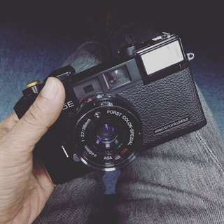 Film camera... rangefinder