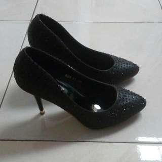 Sepatu Heeels Made In China Tinggi 7cm Size  39