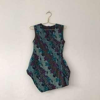 Asymetric Batik Top