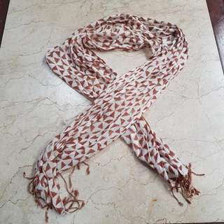 Scarf With Brown Motive