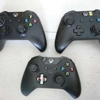 XBox One 500GB w/ 3 Controllers & Kinect