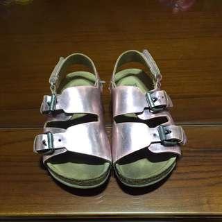 Zara Baby  金屬感涼鞋