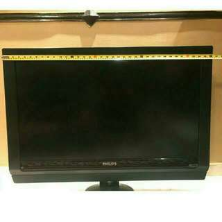 Philips TV - 36 Inches / 3 Feet