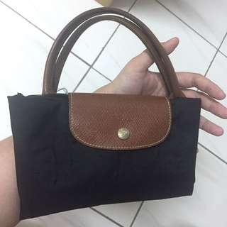 Longchamp黑色短柄