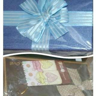 禮物盒2個