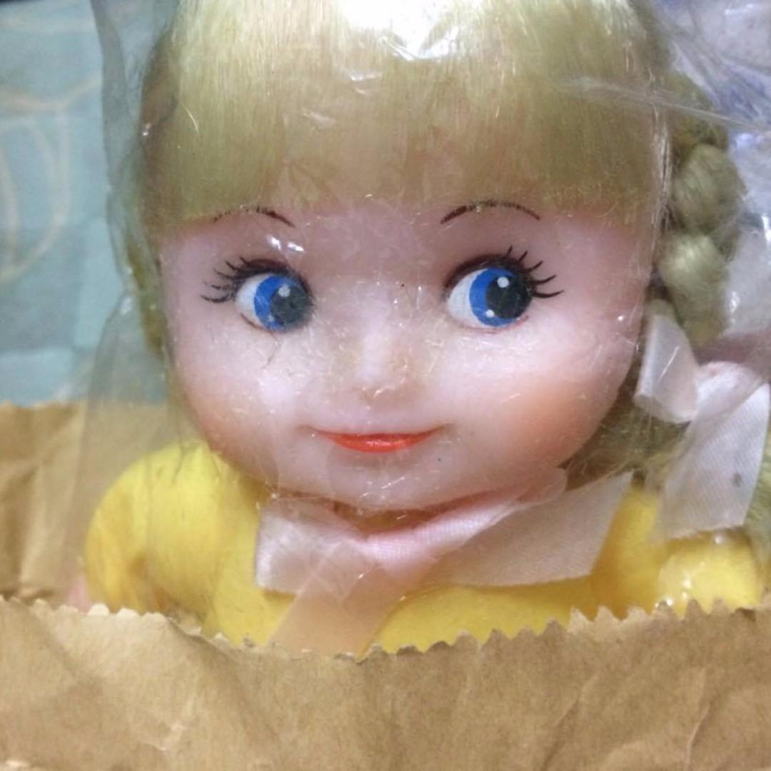 早期 懷舊 復古 古董 肥臉娃 女孩 baby 北鼻 洋娃娃 軟膠