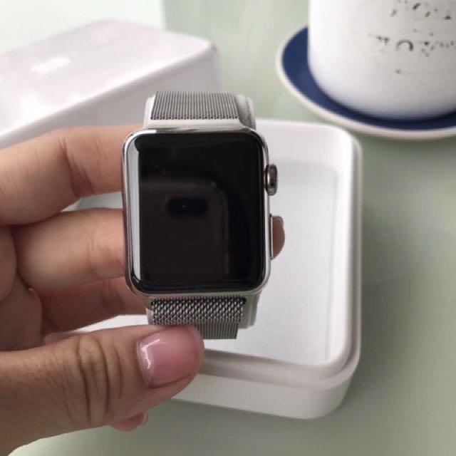 Apple Watch 1米蘭式不銹鋼環38mm錶面