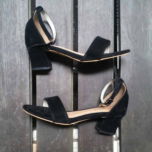 Black Suede Heels Strap