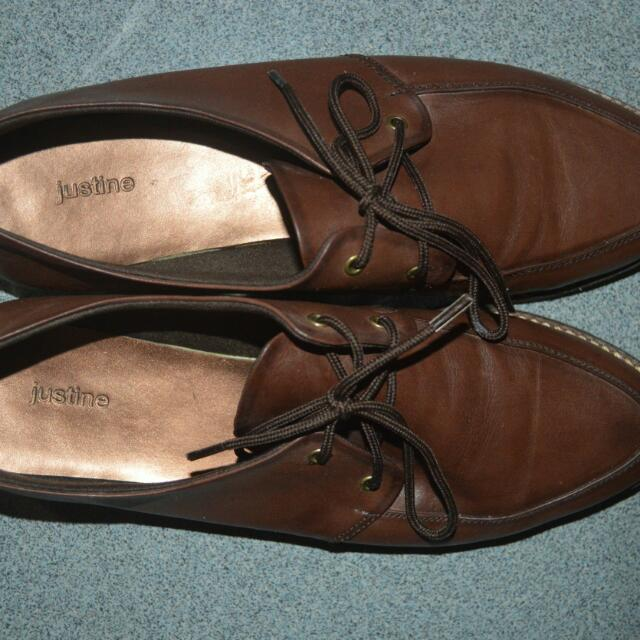 Brown Leather Woman Shoes