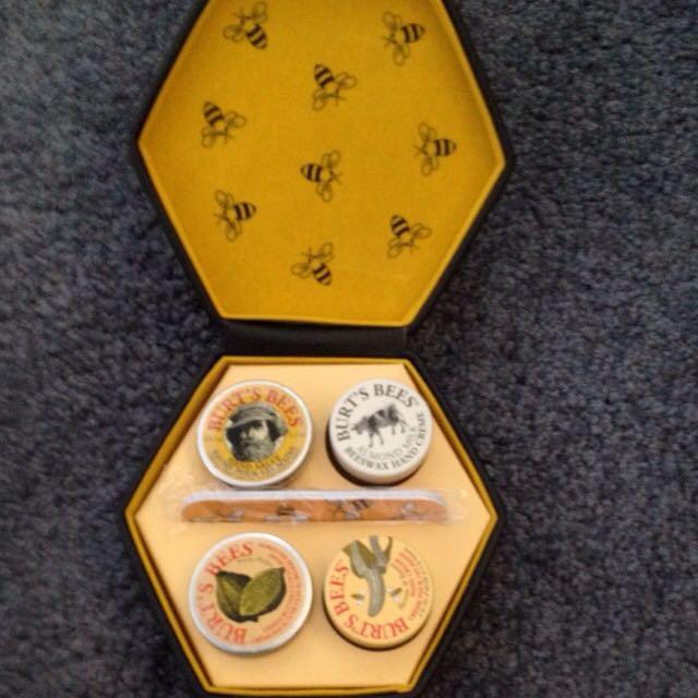 Burts Bees Hand Gift Set