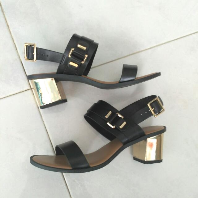 Charles & Keith Heeled Sandals Size 38