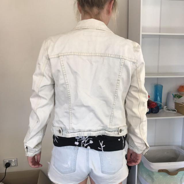 Denim Jacket Very Cool