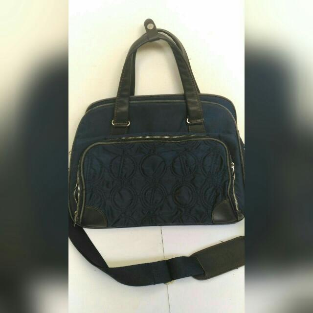 SALE: Elle Messenger Bag