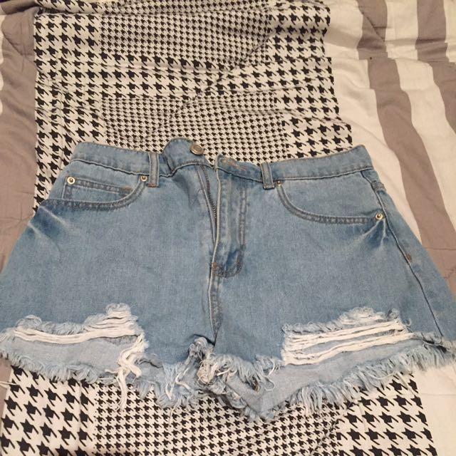 F21 Highwaisted shorts