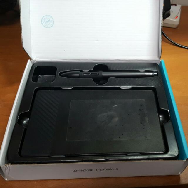 Price Reduced] Huion 420 osu drawing tablet with