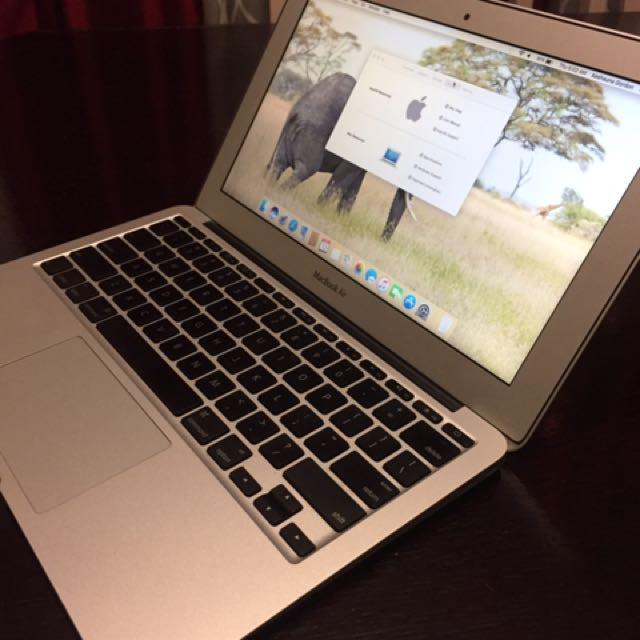 Mac Book Air 2011'