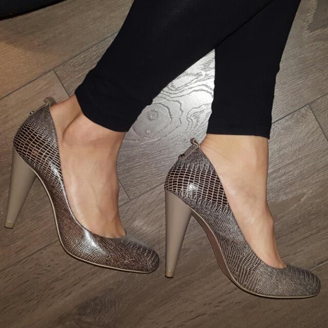 Max AZARIA snake skin heels