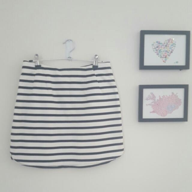 New Look Size 10 Striped Mini A Line Skirt