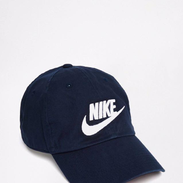 Nike老帽深藍白字