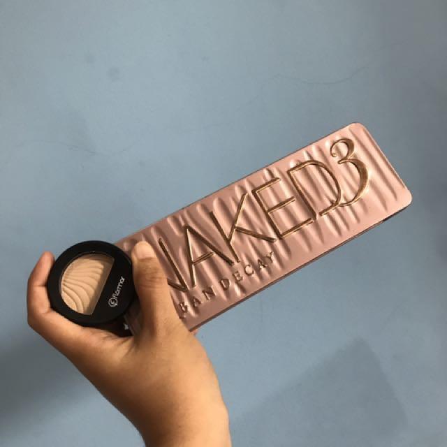 Preloved Eyeshadow Naked 3  + Flormar