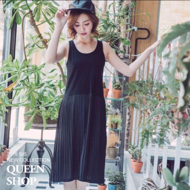 Queen Shop 背心百褶拼接下擺黑色洋裝