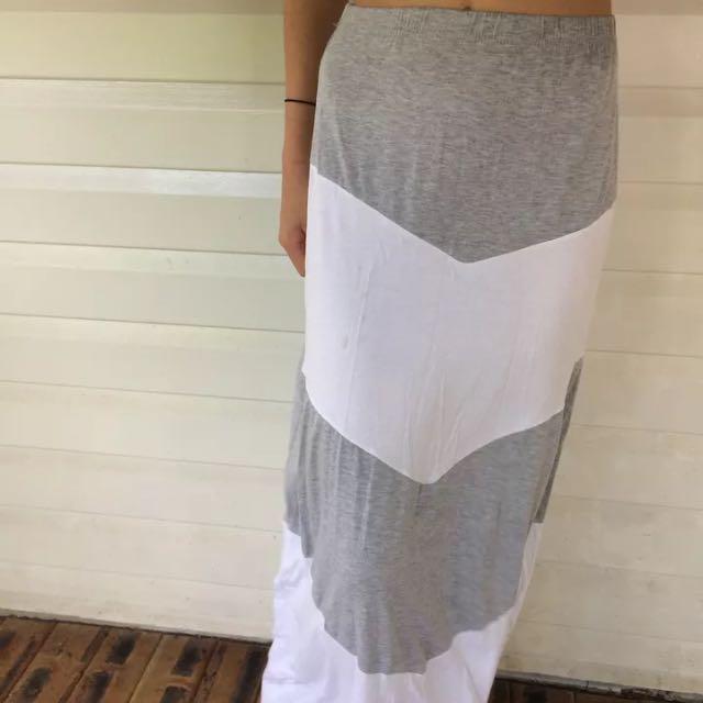 Size 8 Maxi Skirt