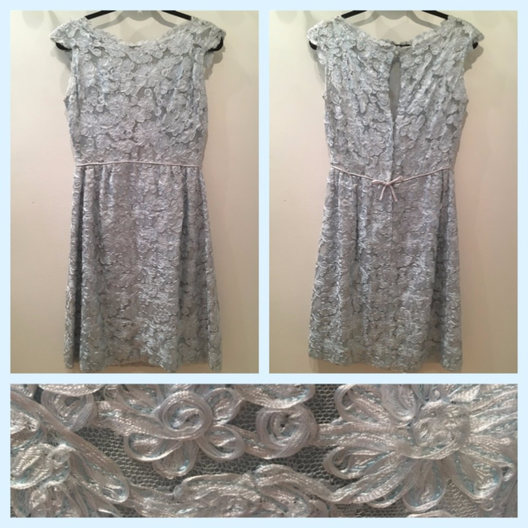 Size M or 8 - Vintage lace dress