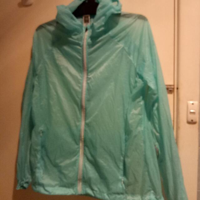 Sports jumper / raincoat