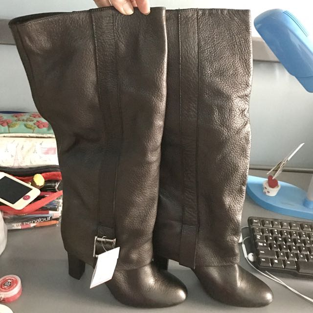 ZARA Dark Brown Boots