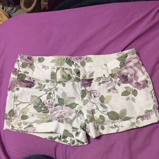 Cutest Floral Shorts Size 0