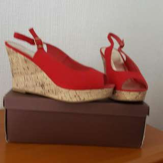Red Canvas Wedge