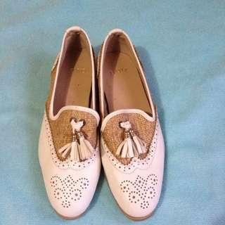 Bayo White Shoes