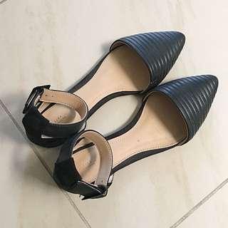 ZARA Trafaluc Pointed Sandals