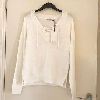 BRAND NEW Boohoo White/Cream Criss Cross Knitted Jumper