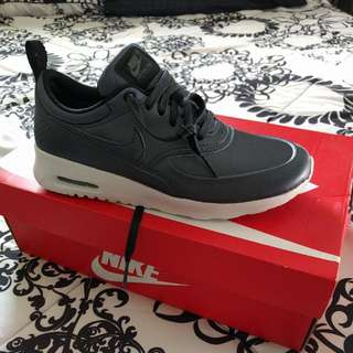 Brand New Nike Air Max Thea