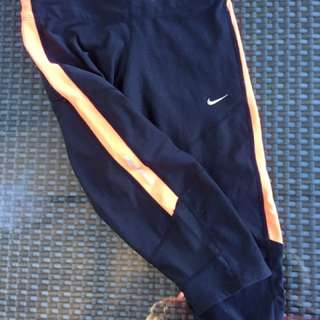 Nike 3/4 Leggings