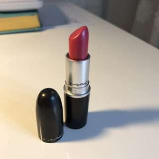 Mac Lipstick In Speak Louder