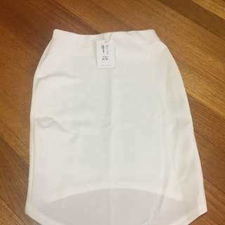 Skirt X2 Skin And White Colour