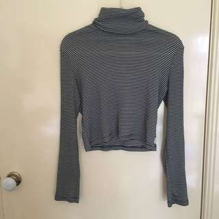 Wrangler Turtleneck Striped Crop