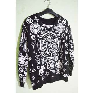 KPOP sweater