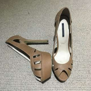 Tony Bianco Peep toe Pumps Size 38 7.5